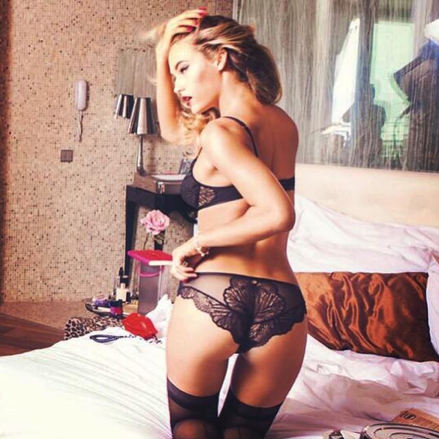 @triumphlingerie @ellenvonunwerth #lingerie #lace @trumpmodels