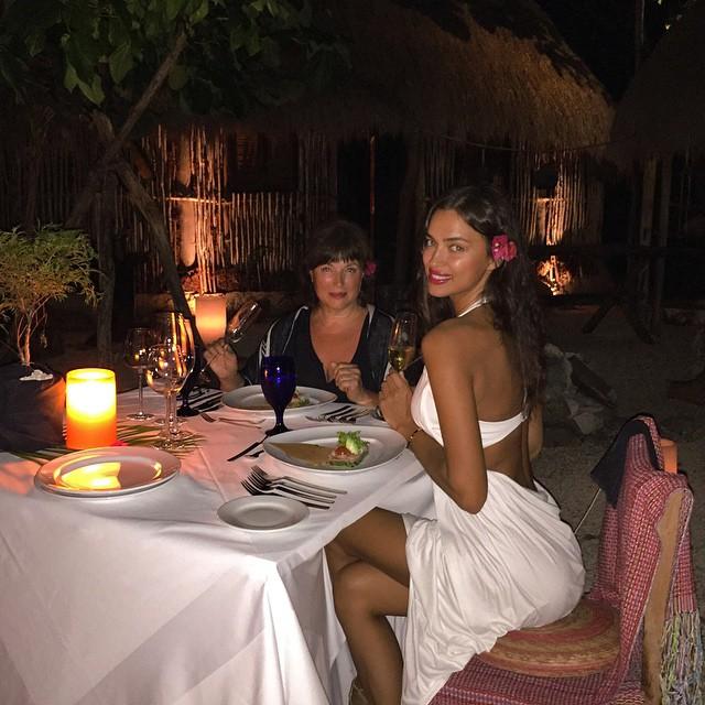 Dinner at Mayan villa with Ma