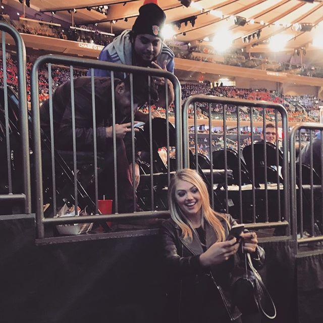 Taking control of the selfie! #tookhisphone #selfie #nyknicks