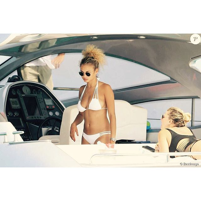 Last week with bae in Ibiza @_leesha_ , just lay down , be pretty and enjoy life type of day #Boattrip