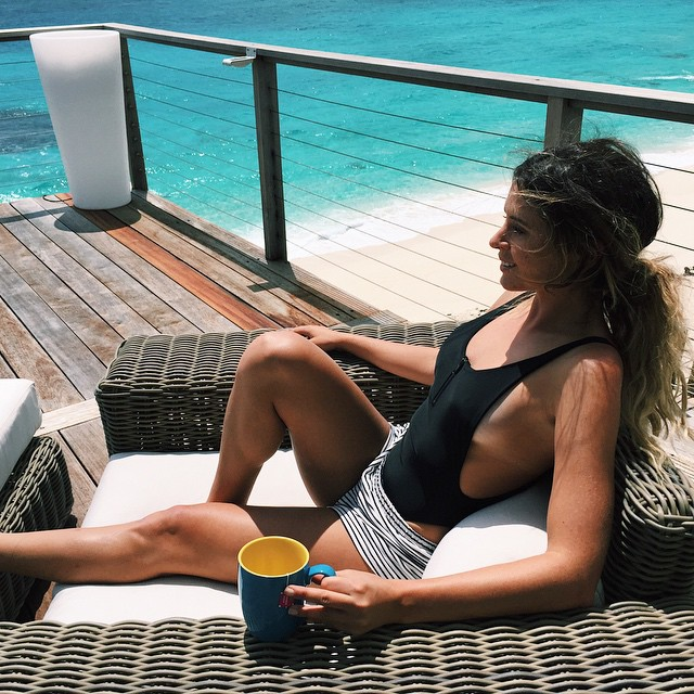 Bahamas view has me all smiles with my daily cup of #SkinnyMint @SkinnyMintCom