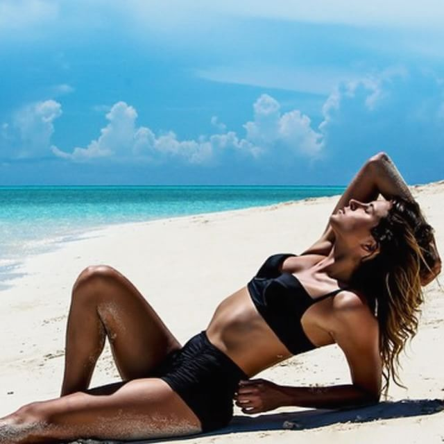 New blog post up (Check the link in my bio) from the Bahamas @lycrabrand challenge #LycraMovesSwim
