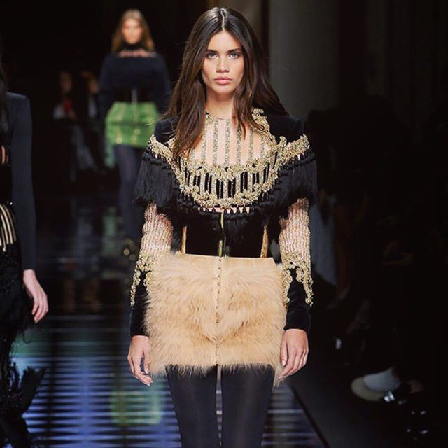 Couldn't be more happy to have my #PFW debut walking for one of my favorite brands! Thank you @balmain and @olivier_rousteing #dream #balmain @ouimanagement @jesshallettcast @sammcknight1 @tompecheux