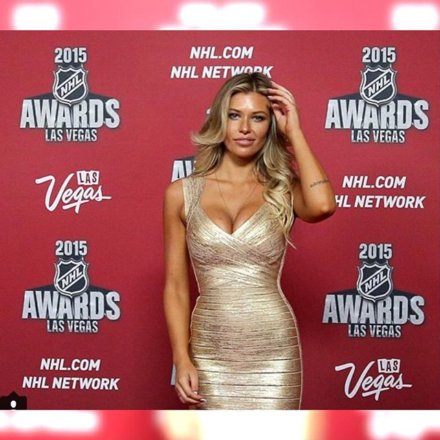 #tbt to that time that I was fixing my hair & got caught #nhlawards