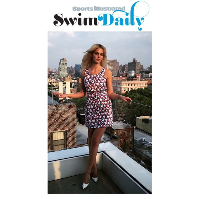 Need some #4thofjuly #fashion help? Get patriotic like @si_swimsuit model @erinheathertonlegit's #streetstyle! Her red, white and blue @lily_pulitzer #dress is perfect for a #beach party, dinner on the water and of course #fireworks watching! #shop it and get inspired with link in bio. #dftd #dressfortheday #siswim #erinheatherton #lilypulitzer #jewelista #stickstonestyle #zappos #saks #christianlouboutin #target #asos #nastygal #topshop #anntaylor #jcrew #milly #style #whatdoiwear #makinglifeeasier #womensfashion