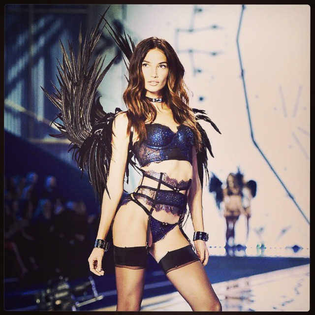 Back in the New York Groove #VSFashionShow2015 headed back to NYC