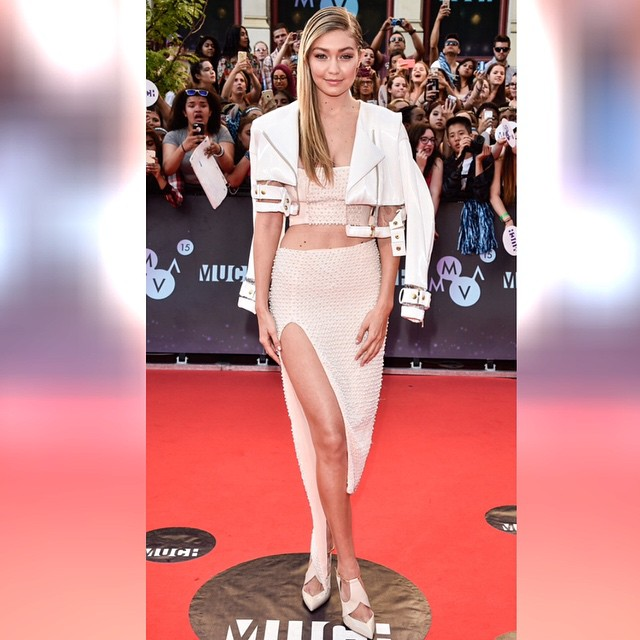 Gigi Hadid, we are not worthy! (George Pimental/WireImage)