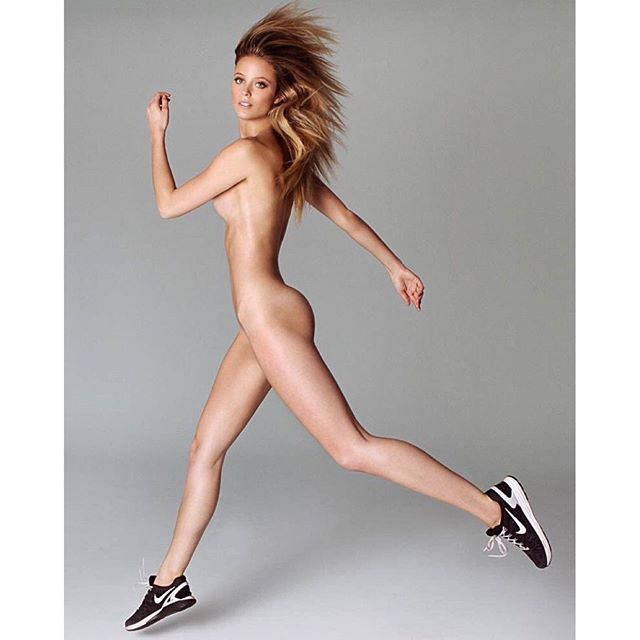 Running Naked #bareessencials Special Project by @fredericpinet #nikerun #pier59studios #katebock @si_swimsuit @elitenyc Check out #swimdaily for more from my shoot with #fredpinet #iforgottowearpants