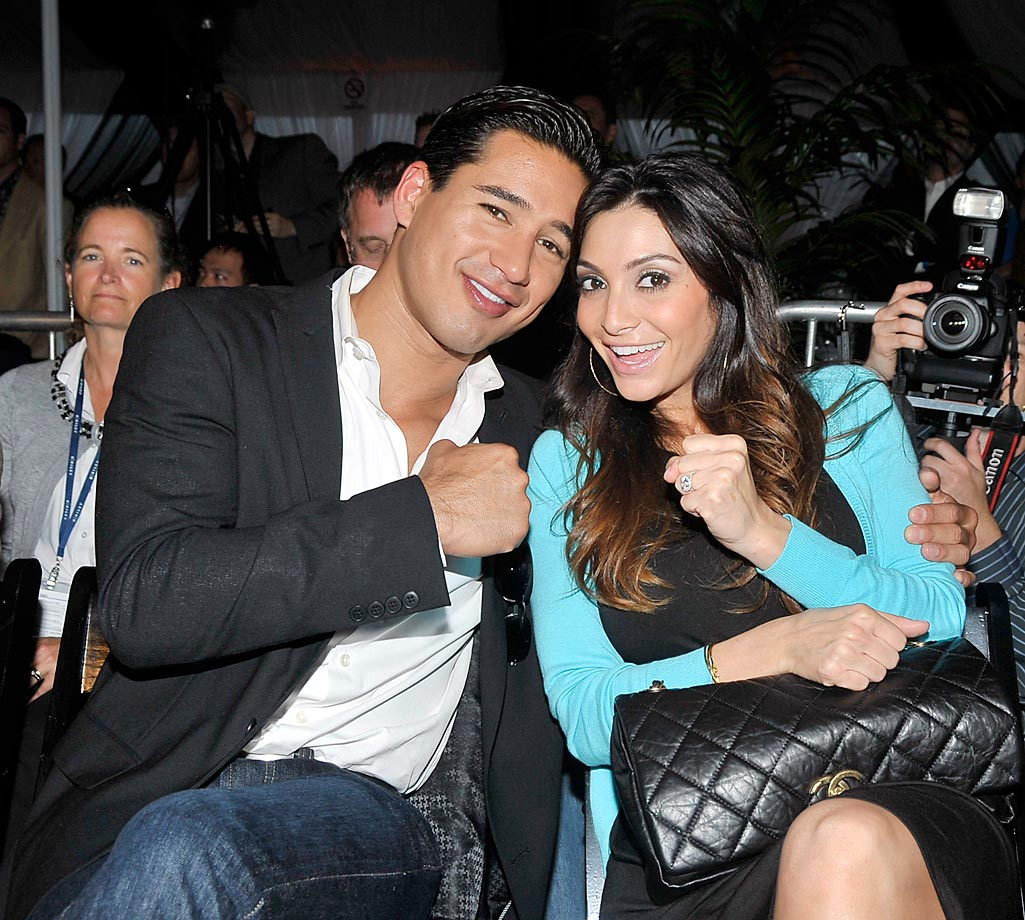 Mario Lopez and Courtney Mazza attend the 3rd Annual Sugar Ray Leonard Big Fighter, Big Cause Charity Boxing Night.