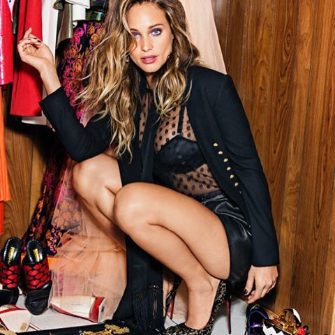 Just dropped @hanni_davis in @cosmopolitan @ayatkanai #shhhhh