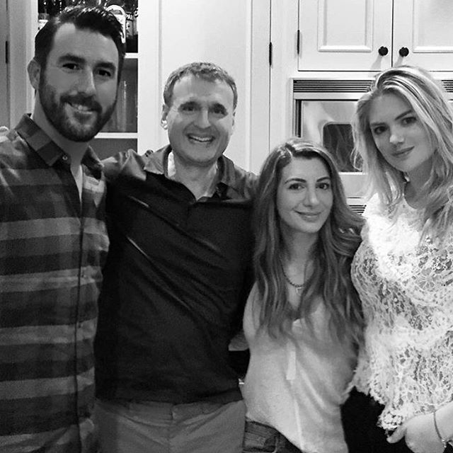 #IllHaveWhatPhilsHaving Such a great night @phil.rosenthal @whitneycummings @nasimpedrad @justinverlander Watch #WhatPhilsHaving on @pbsofficial