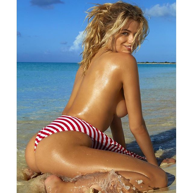 @si_swimsuit by @jamesmacari