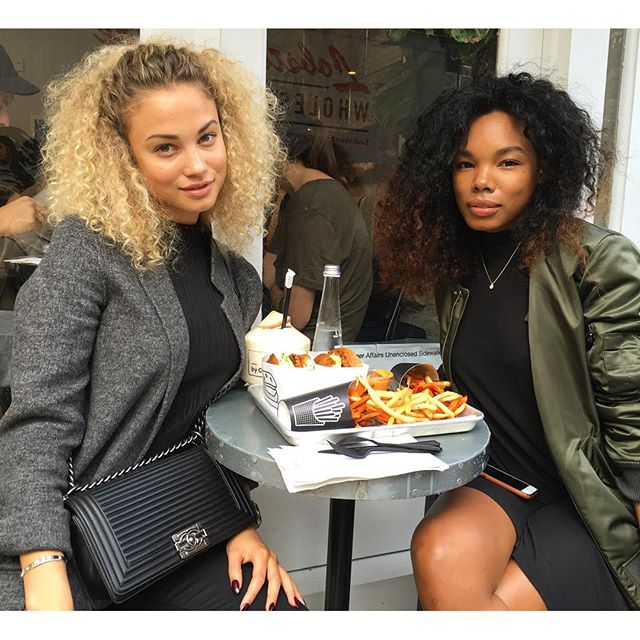 Sweet potato and vegan burger type of lunch in New York with my girl @anastasia_llh