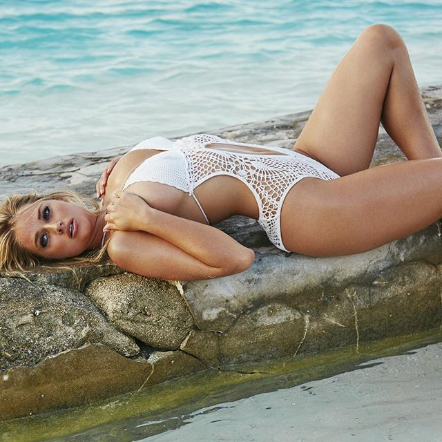 Take two @worldswimsuit by @rikerbrothers