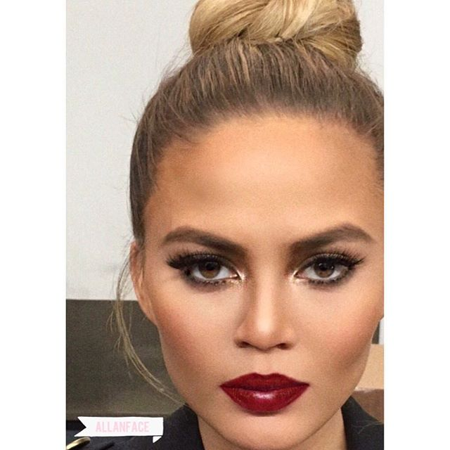 Perfect Light x Perfect Gurl @ChrissyTeigen #Makeup: @allanface #Hair: @DavidLopezHair #ChrissyTeigen #NoFilter #BeautyLight #topknot #BurgundyLips #cheekbones #PerfectCanvas #LetsGoToTheTheater #allanface
