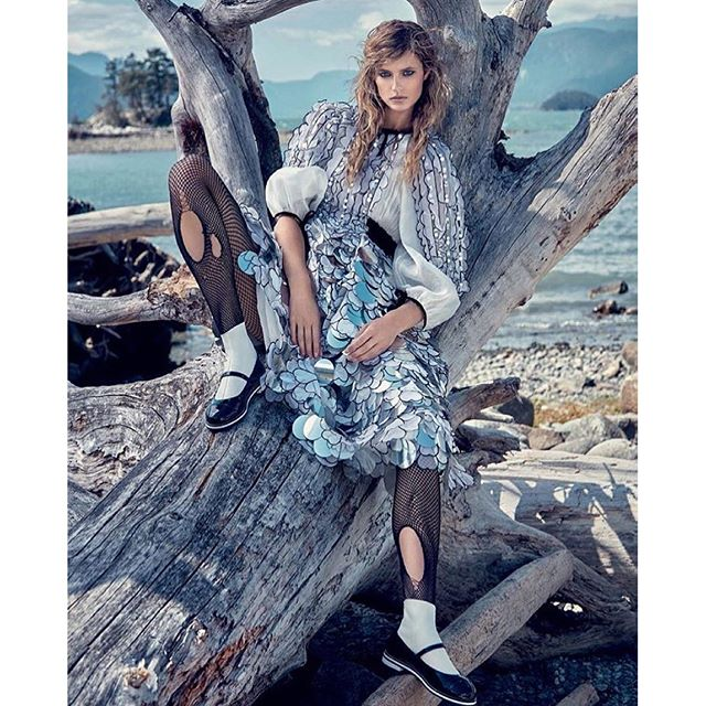 Repost @sheristroh KATE @katelynnebock for @dresstokillmagazine by @gregswalesart, styled by @amylustyle, #hair & #makeup by me #sheristroh #chanel #vancouver #dresstokillmagazine Being a badass on the beach in @chanelofficial