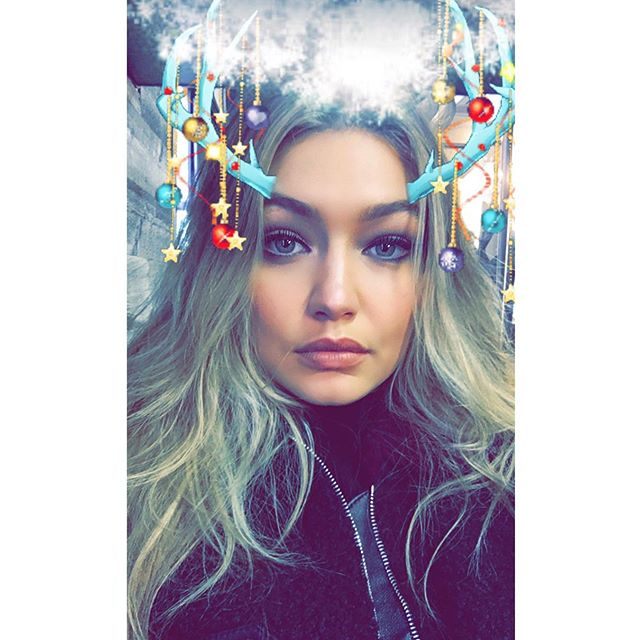 baby it's cold outside (snap, itsgigihadid) #maybelline