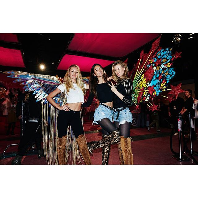 Rehearsal for #VsFashionShow2015 Airs tonight #OnlyCBS With my ladies for life @angelcandices @behatiprinsloo @jeromeduran