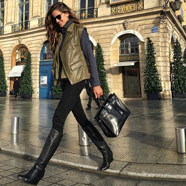 Paris stroll dizzy #paris #ootd #fashion #streetstyle #offduty #comfy