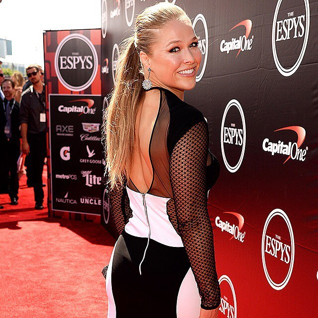 Happy 29th birthday to this bad-ass chick, #RondaRousey, who shows us we can be both strong AND beautiful! | Kevin Mazur/WireImage