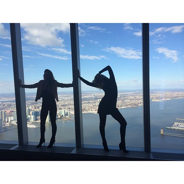 Empire State of mind with @emilydidonato @si_swimsuit #SIswim