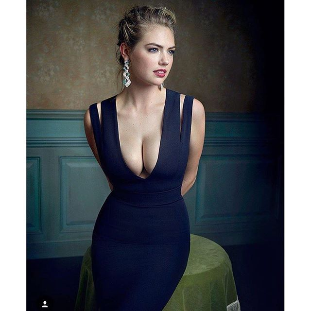 #fbf to last Sunday's @vanityfair Oscars party. Had to post this stunning photo of @kateupton shot by @markseliger . #kateupton #bombshell #johnruggierohair