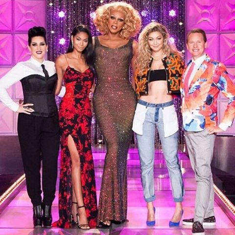 Don't forget to catch the drag race tonight at 9/8C on @LogoTV @gigihadid and I are guest judges @rupaulsdragrace #snatchgame