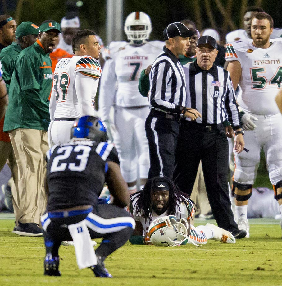 Between Duke's seemingly game-winning touchdown, Miami's epic eight-lateral return and the controversy over the botched officiating (not to mention the Hurricanes' perfect Twitter response to that controversy: ¯\_(ツ)_/¯), this ending had it all.