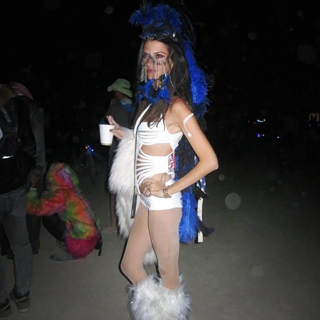 Better view of my favorite #burningman costume #missingburningman
