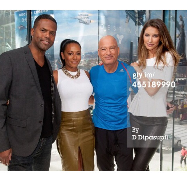 On set yesterday with the crew @officialmelb @howiemandel @ajcalloway