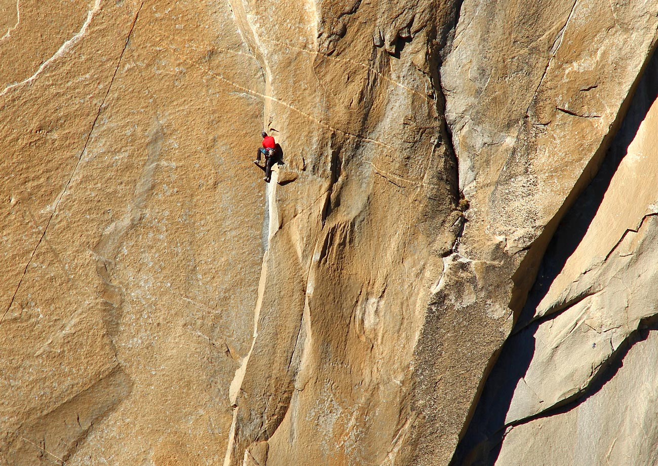 Kevin Jorgeson (in red) climbing Pitch 11.