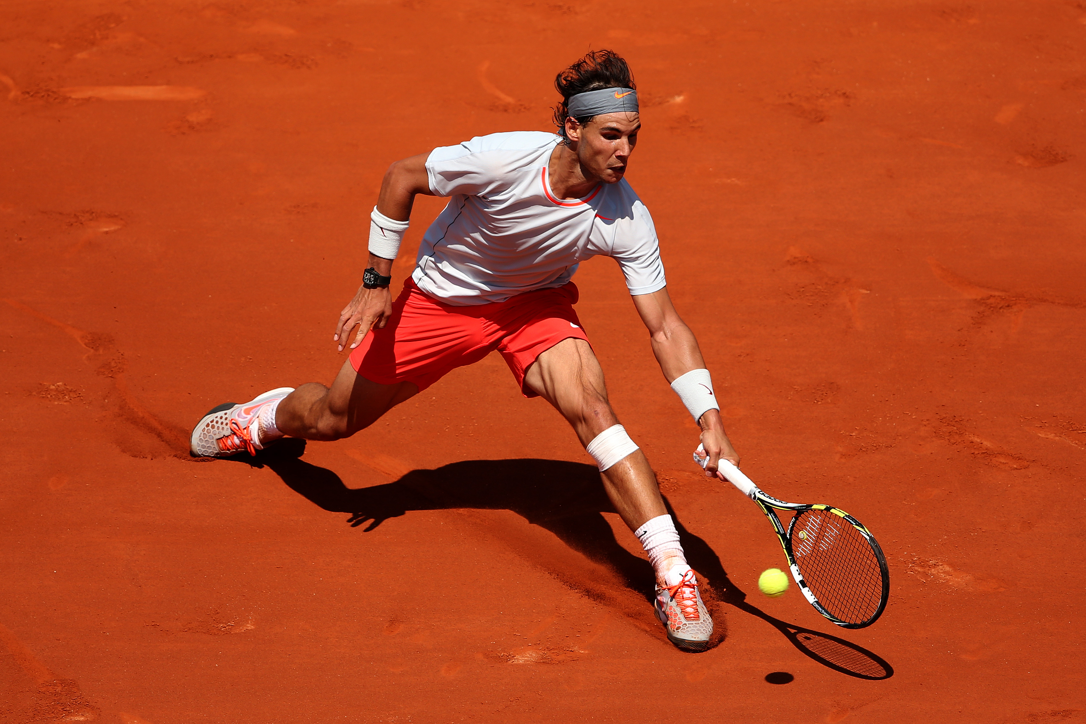 A simple kit for Nadal's eighth French Open title.
