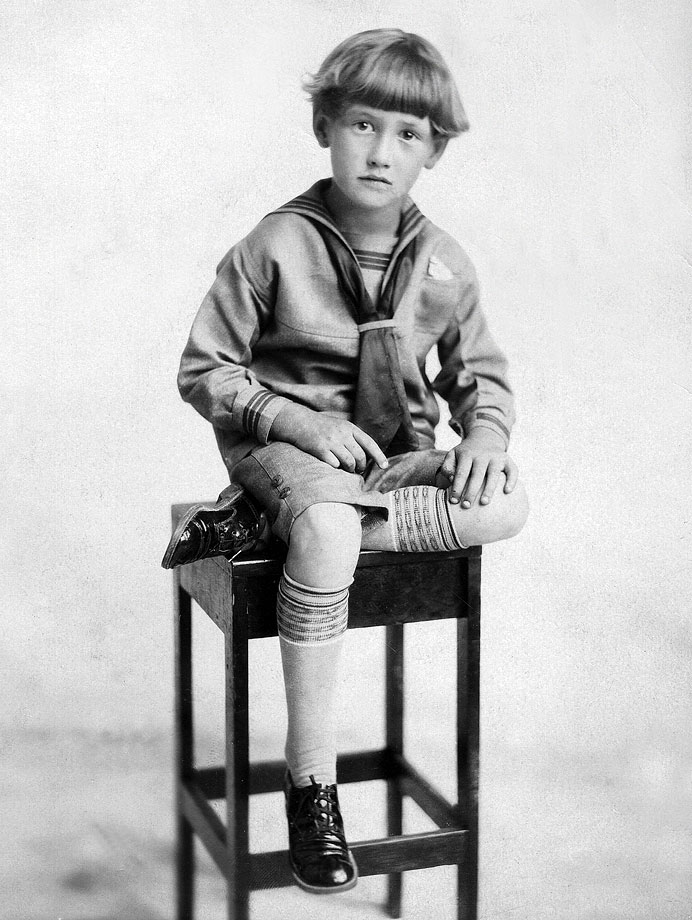 A 6-year-old Ted Williams poses for a photo in 1924.