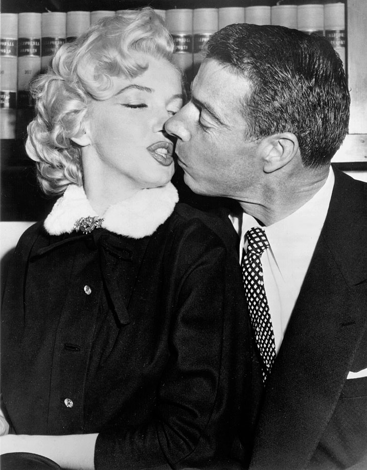 Joe DiMaggio and Marilyn Monroe were married in Jan. 1954. The two filed for divorce in October of that same year.