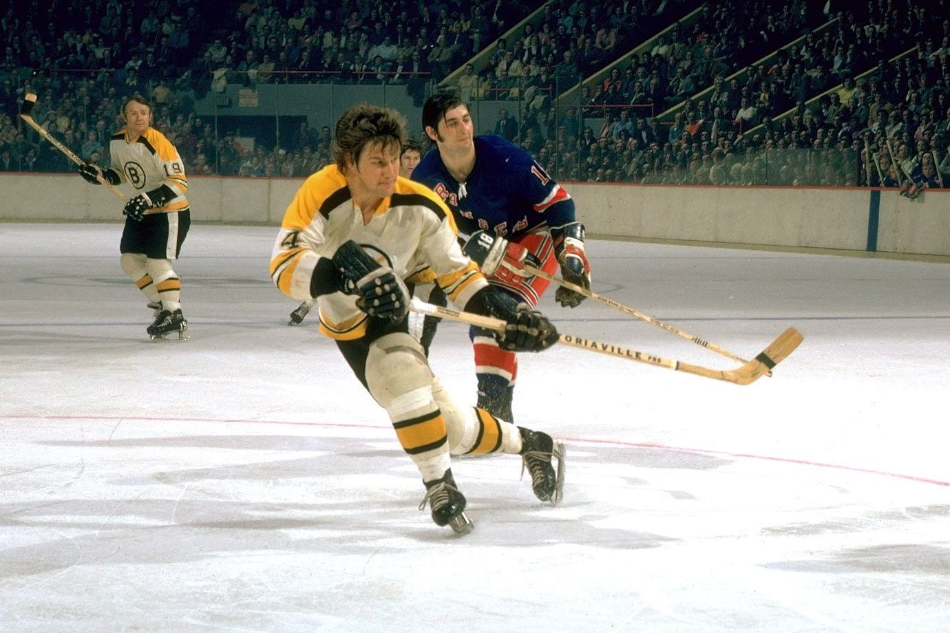 The NHL's first million dollar player when he signed a five-year contract at $200,000 per season prior to the 1971-72 campaign, Bobby Orr proved to be worth every penny, scoring 37 goals and 117 points.