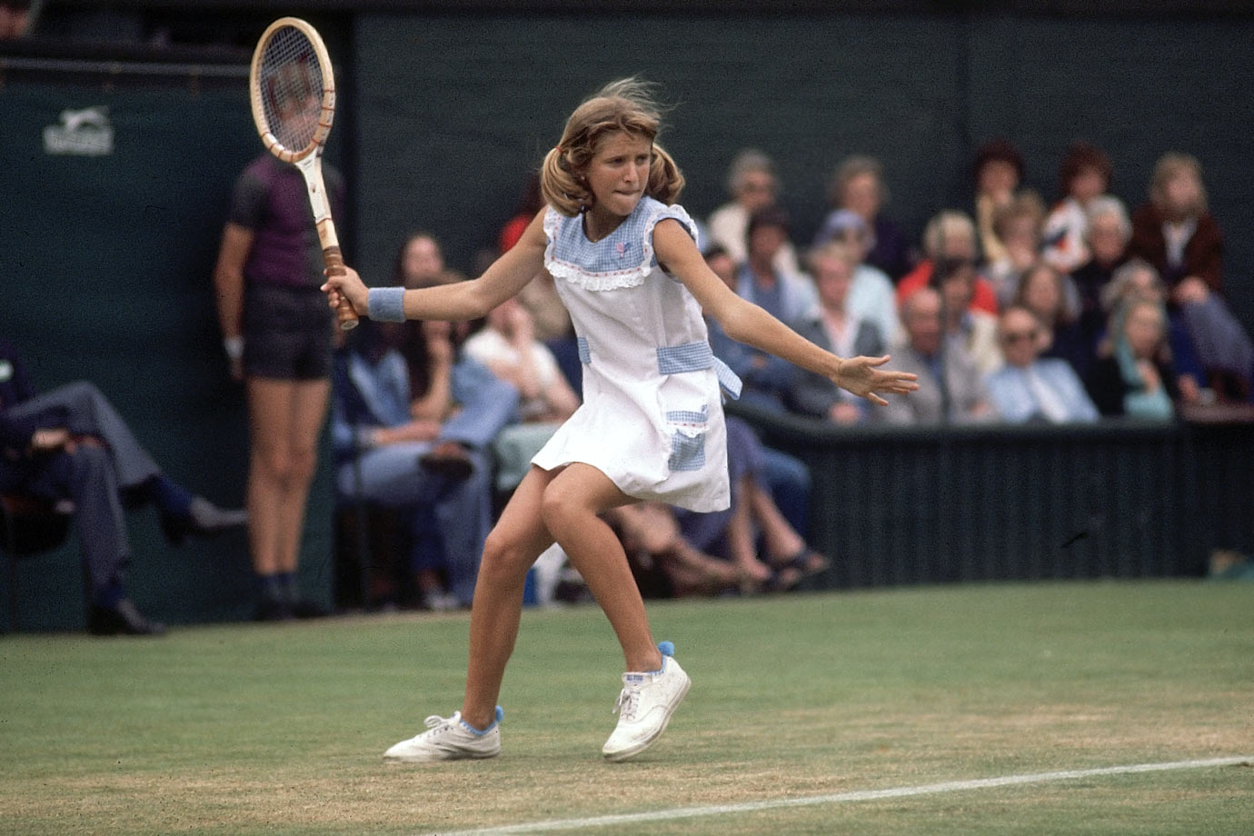 Tracy Austin (1977)