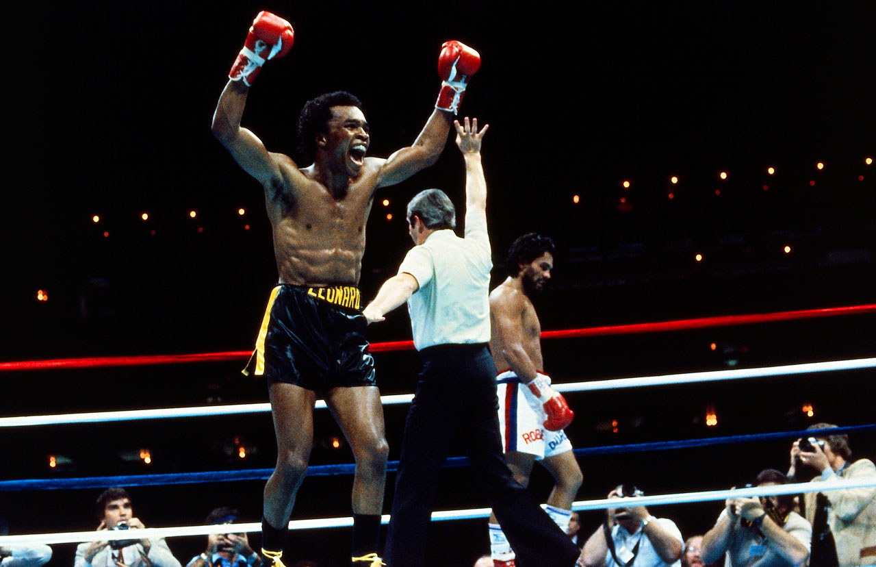 Five months after he outpointed Leonard for the welterweight title in Montreal, Duran was outboxed in spectacular fashion through seven-and-a-half rounds of the return bout on Nov. 25, 1980. That's when Duran abruptly turned his back and refused to continue, handing Leonard a TKO victory in what came to be known as the ''No Mas'' fight.