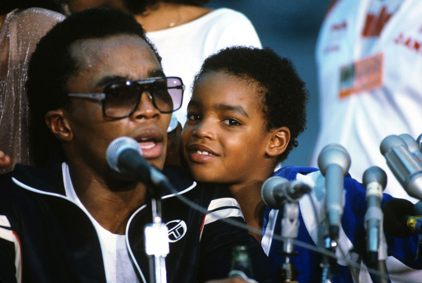Sugar Ray Leonard and son Ray Jr.