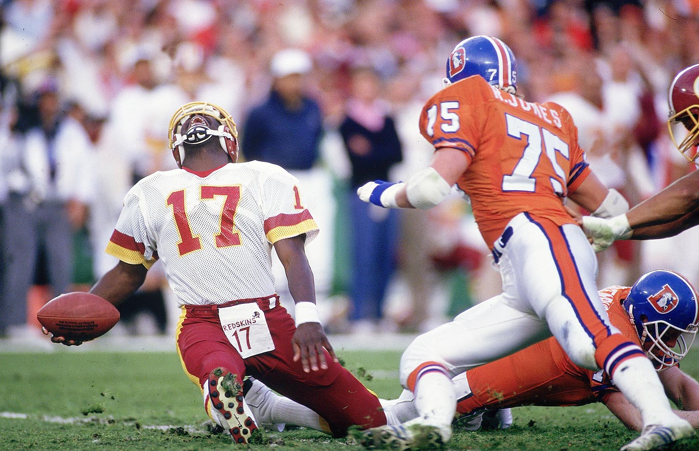 Doug Williams overcame this gruesome hit to finish with four touchdown passes and MVP honors as the Redskins overcame a 10-0 deficit.