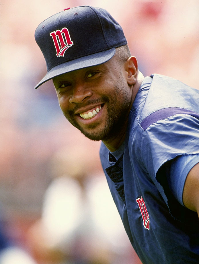 Kirby Puckett smiles at the camera during a game against the Athletics in Oakland.