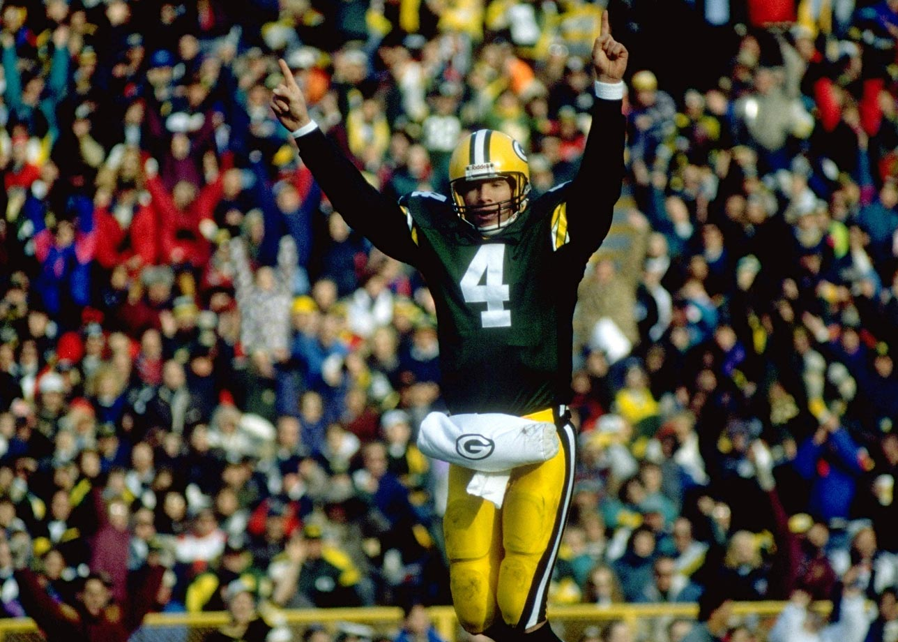 The final score is 38-21, Green Bay. Favre's numbers for the day: 22 of 43 for 295 yards, four touchdowns and no interceptions.