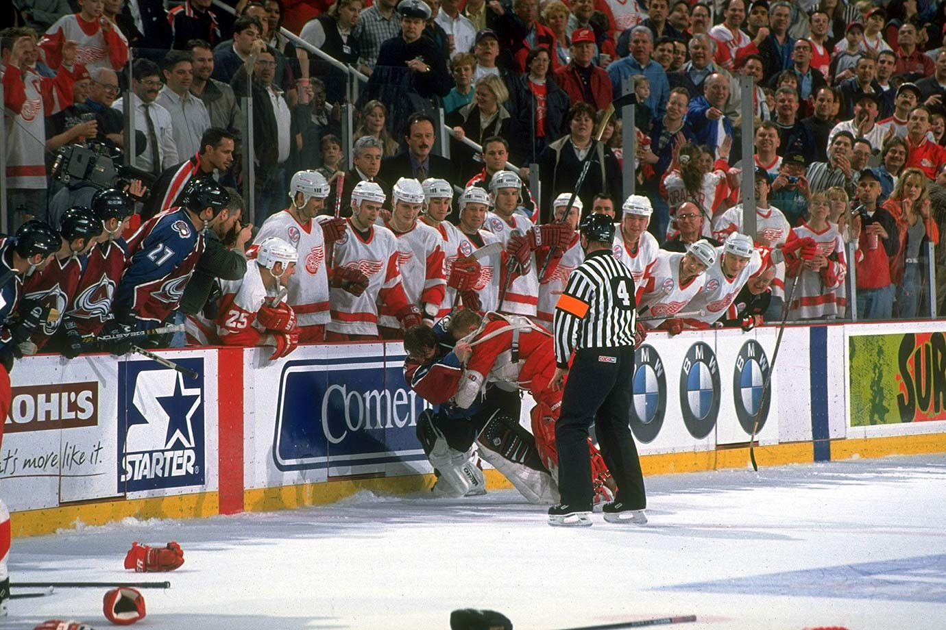 April 1, 1998 — Avalanche vs. Red Wings