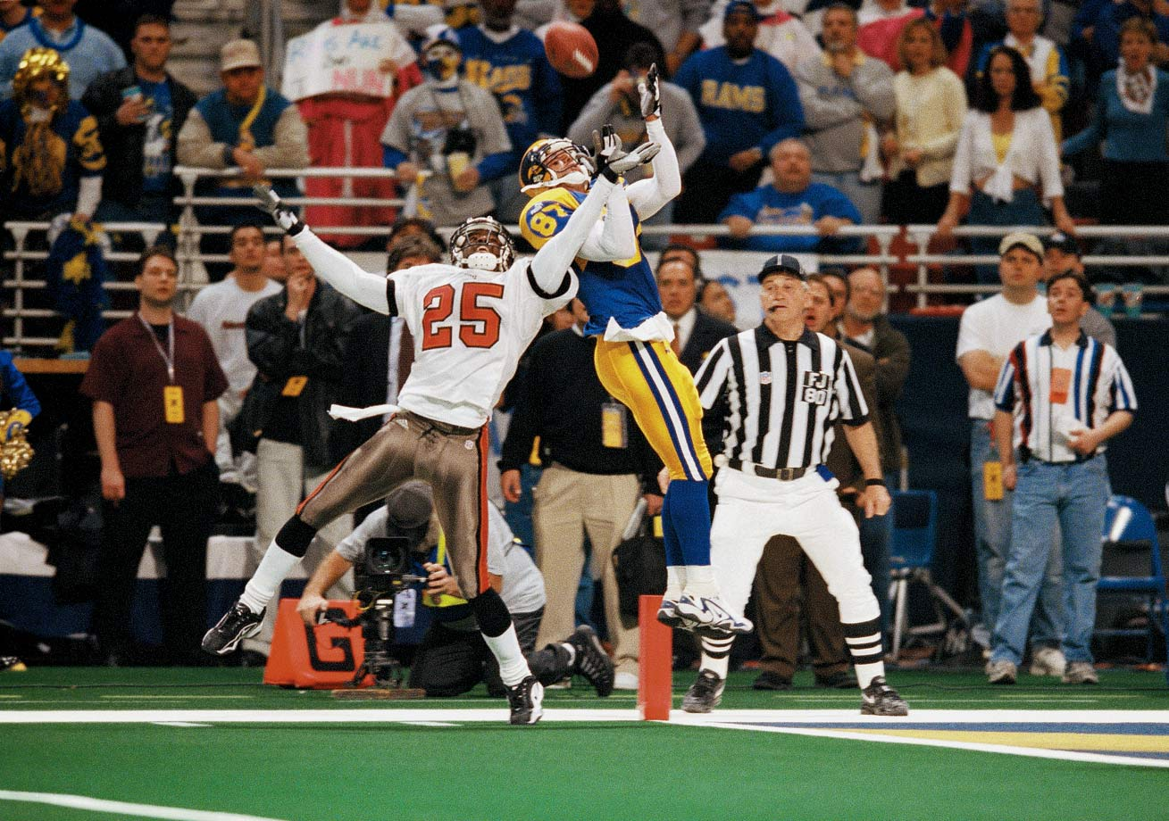"The defensively stout Bucs held the Rams' ""Greatest Show on Turf"" in check for most of the game, but Tampa Bay couldn't get a stop when it mattered most, giving up a touchdown with 4 minutes, 44 seconds left to lose 11-6."