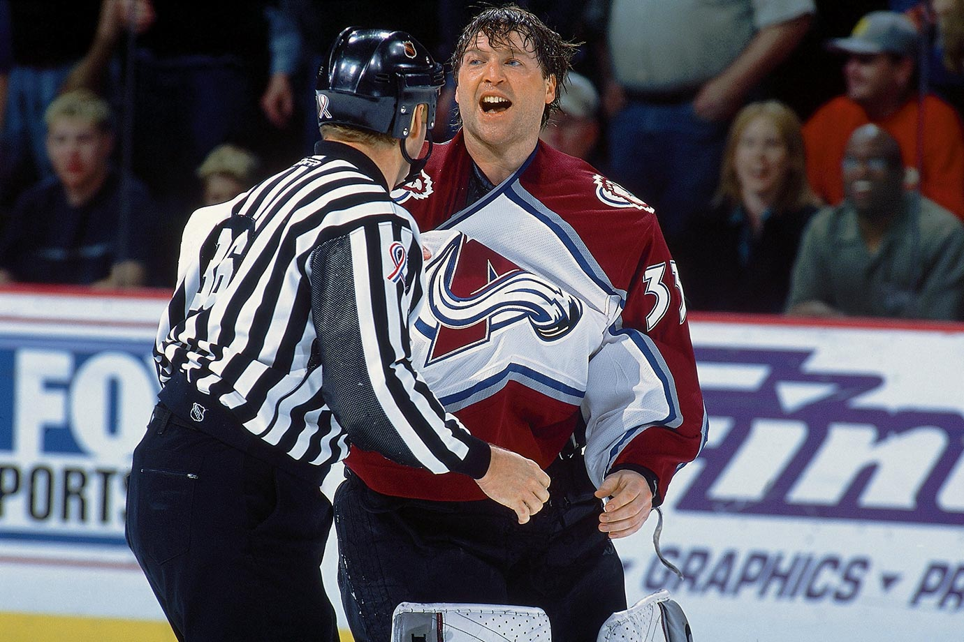 March 12, 2002 — Avalanche vs. Red Wings