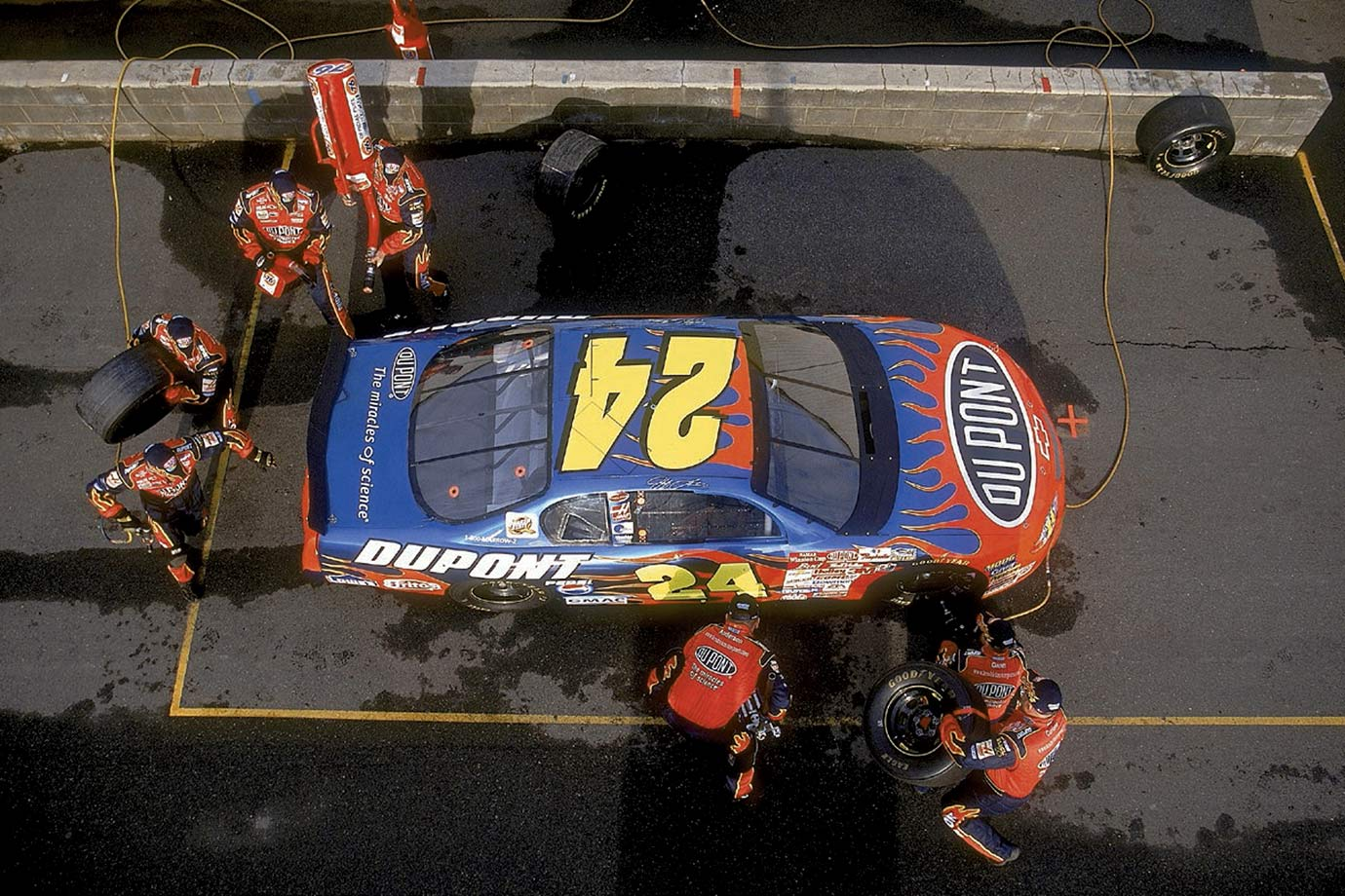 Jeff Gordon's pit crew practices at Hendrick Motorsports in Charlotte, N.C.