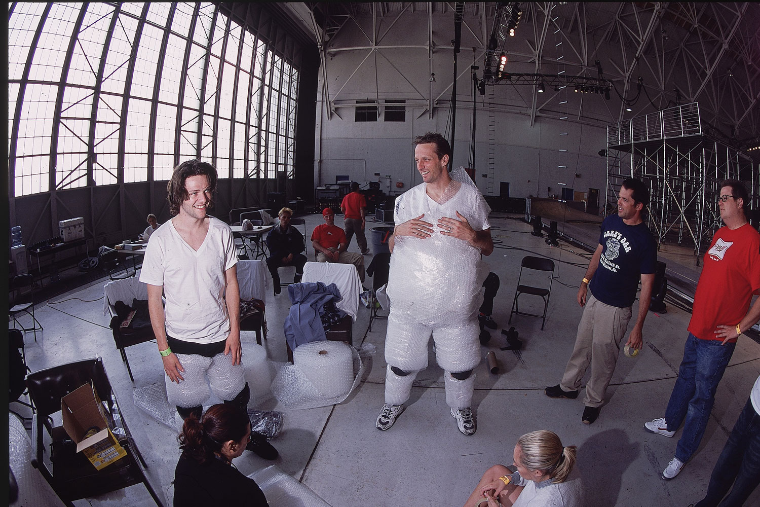 Tony Hawk and Bam Margera get dressed up in bubble wrap for the MTV movie Jackass.