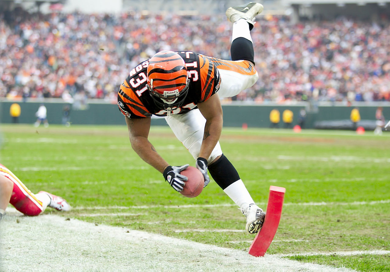 The pylon left no doubt that Bengals running back Jeremi Johnson had scored against the Chiefs in Cincinnati.