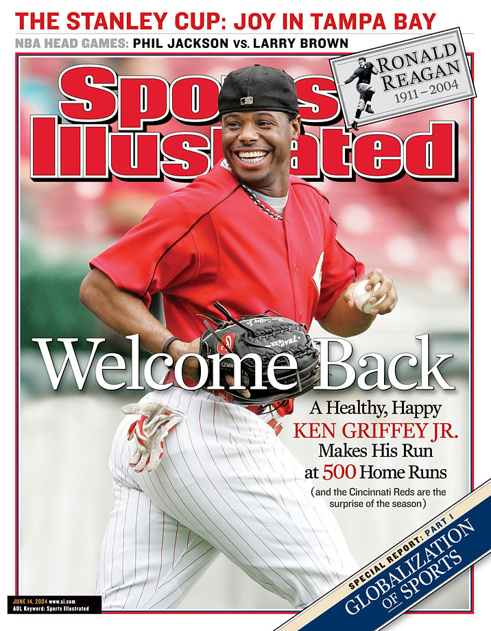 Ken Griffey Jr. opened the 2004 season healthy, appearing on the June 14, 2004 cover of Sports Illustrated.