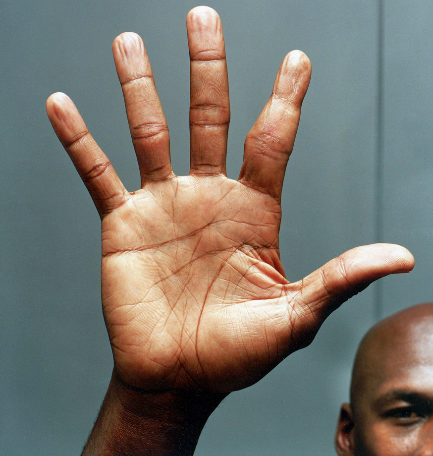 This is Michael Jordan's right hand in 2005. His index finger is just a tad messed up.