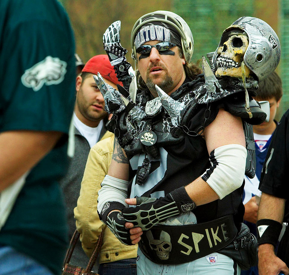 Oakland Raiders fan in 2005.